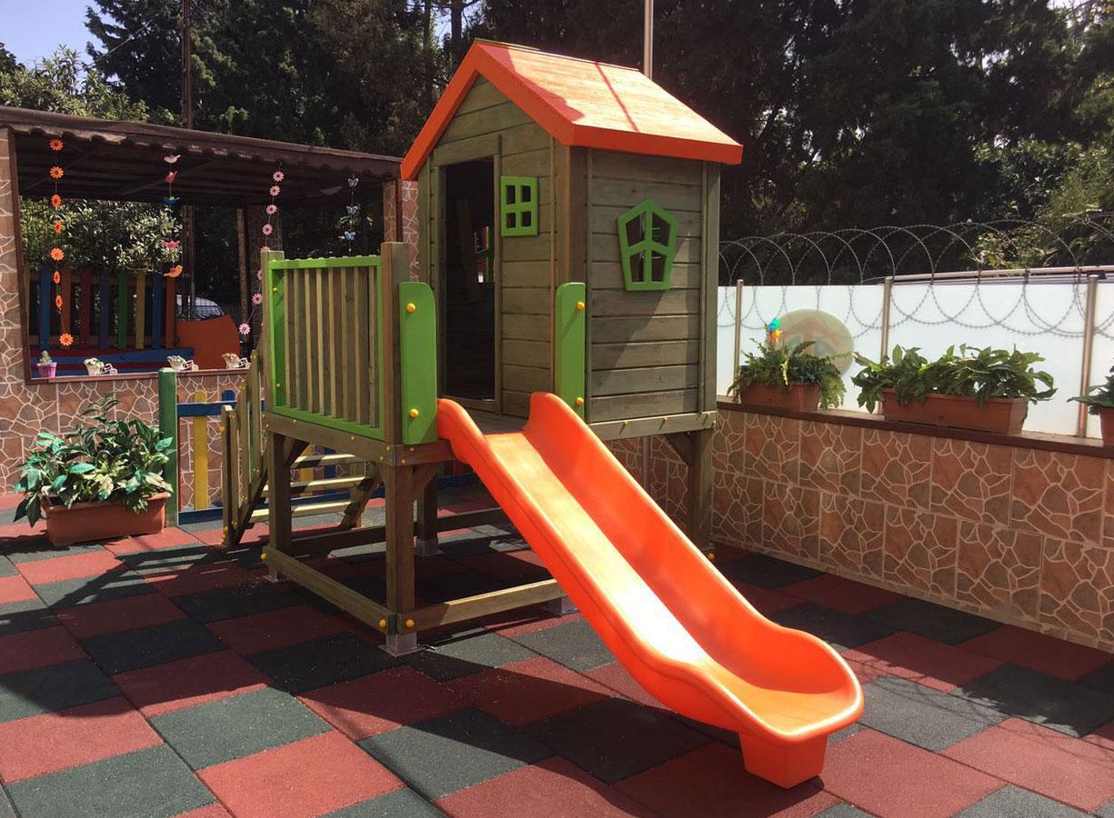 Детский деревянный Домик игровой для детей wooden playhouse